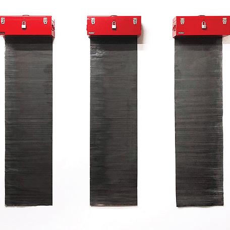 RELICARIO DE CENIZAS, Cajas de Herramientas, Plomo y Escombros,184 x 203 x 25 cm, 2016, Edición 1/3